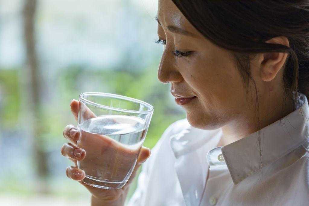 アイキャッチ:富山の天然水・海洋深層水を世界へ。五洲薬品こだわりの製品作り …