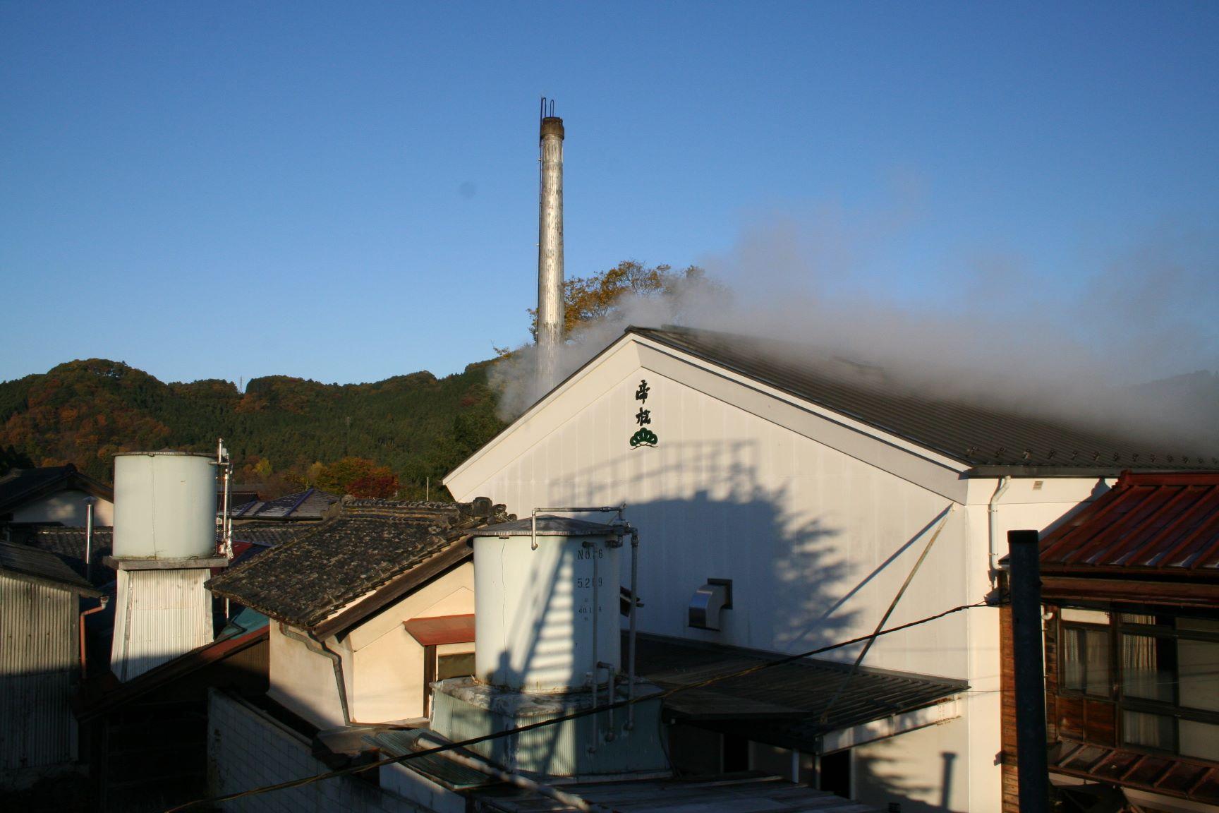 アイキャッチ:小川町の硬水でおいしさを引き出す。埼玉・松岡醸造の水が生む酒 …