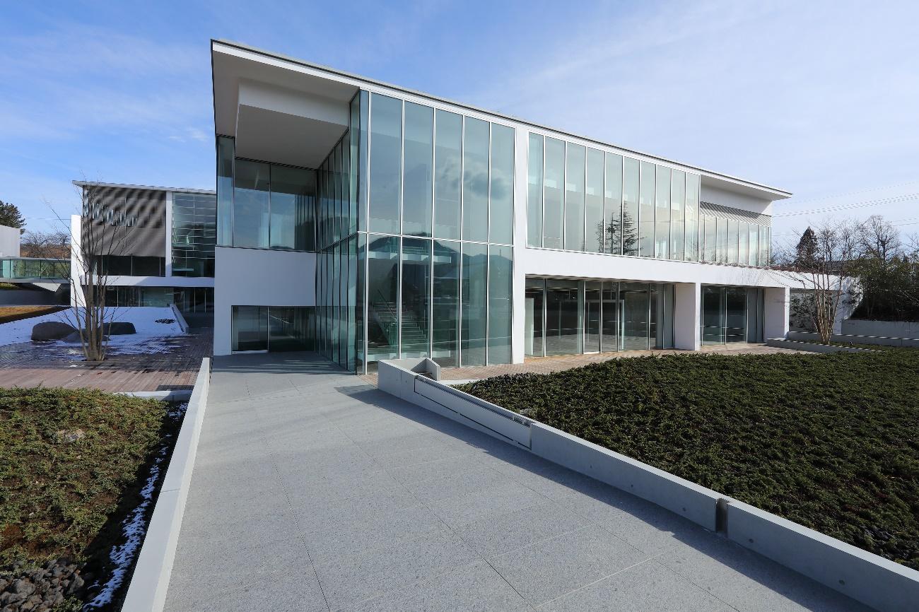 アイキャッチ:長野県立美術館グランドオープン記念展「森と水と生きる」の奥深 …