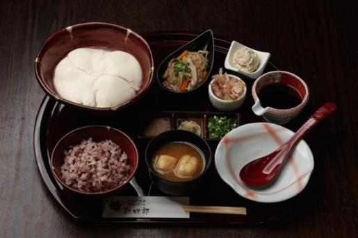 アイキャッチ:須部商店、こだわりの豆腐作りに「南アルプス赤石山系の地下水」 …
