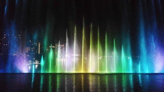 アイキャッチ:水景創造集団「ウォーターデザイン」が造る水のアート・デザイン …