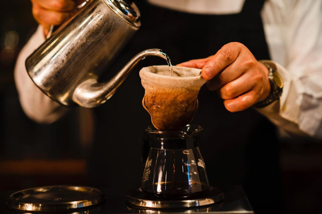 アイキャッチ:創業50年以上の老舗喫茶店「但馬屋珈琲店」のこだわりコーヒー …